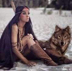 girl and the wolf Native Girls, Native American Girls, Native American Pictures, Native American Beauty, Native American History, American Indians, Wolves And Women, Non Fiction, Science Fiction