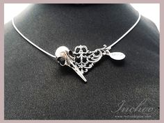 https://www.facebook.com/InChoo.oo  #etsy #jeweller #jewellery #jewelry #jewellerydesigner #jewelrydesigner #ringselfie #wedding #zirconium #garnet #weddingring #bijoux #joaillerie #metalsmith #silversmith #goldsmith #ring #dainty #daintyrings #birthstone #pearl #amethyst #pendant #necklace #inchoobijoux  #handmade #jeweller #delicate #montreal #opale #october #witch #witchcraft #herkimer #diamond #rings #ringselfie #silverring #bride #bridesmaids #quartz #bague #bird #skull #goth #punk…