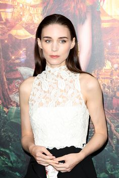 Rooney Mara was literally glowing at the Pan premiere