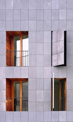 137 Housing / H Arquitectes. Courtesy of H Arquitectes