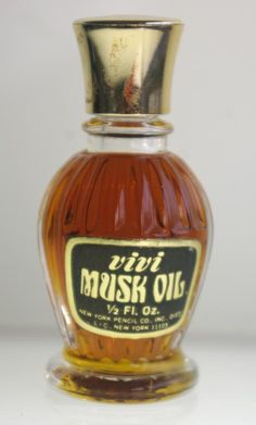 Vivi Musk Oil by New York Pencil Co. is an animalic Oriental fragrance - very vintage, very rare, from the 40's-50's.