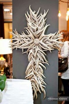 Probably the only antler art I would really love in my home. Deer Decor, Rustic Decor, Wall Decor, Deer Hunting Decor, Hunting Decorations, Hunting Crafts, Western Decor, Deer Horns, Deer Skulls