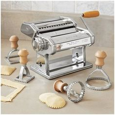 Perfect Pasta: Round Ravioli Stamps From Sur la Table Kitchen Tools And Gadgets, Cooking Gadgets, Kitchen Supplies, Cooking Tools, Kitchen Items, Home Decor Kitchen, Cooking Box, Kitchen Utensils, Cooking Recipes