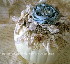 shabby vintage pumpkin...so lovely