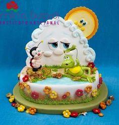 Such a cute detailed cake.