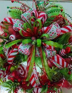 Christmas Wreaths Portfolio - Professional Wreath Designs Pool Noodle Christmas Wreath, Christmas Mesh Wreaths, Christmas Swags, Christmas Ribbon, Christmas Tree Decorations, Christmas Crafts, Xmas Trees, Outdoor Decorations, Ribbon Wreaths