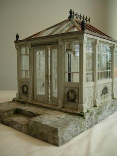 Miniature green house