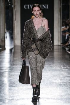 Cividini Fall 2019 Ready-to-Wear Fashion Show Cividini Fall 2019 Ready-to-Wear c. Cividini Fall 2019 Ready-to-Wear Fashion Show Cividini Fall 2019 Ready-to-Wear collection, runway looks, beauty, models,. Knitwear Fashion, Knit Fashion, Fashion Week, Look Fashion, Retro Fashion, Runway Fashion, High Fashion, Winter Fashion, Womens Fashion