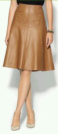 Leather Bell Skirt in Camel Skirt Pants, Dress Skirt, Midi Skirt, Flare Skirt, Robes Glamour, Leder Outfits, Spring Skirts, Look Chic, Mode Inspiration