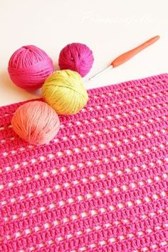 Virkattu tiskirätti, OHJE x 6   Prinsessajuttu   Bloglovin' Handicraft, Diy And Crafts, Knitting, Fun Ideas, Jars, Craft, Tricot, Arts And Crafts, Breien