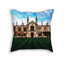 """Throw Pillow with Stuffing/Insert – """"Cambridge"""" 