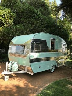 1957 Cardinal Deluxe Canned Ham Travel Trailer