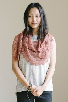 Pretty shawl pattern (can also be worn as a scarf)