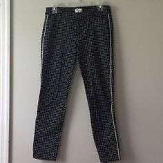 Patterned ankle pants Black geometric pattern ankle pants with white stitching detail down side Old Navy Pants Ankle & Cropped