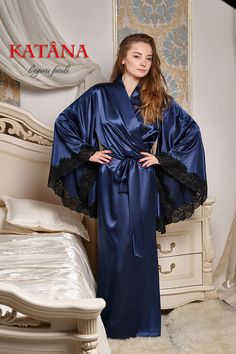 Elegant Women's Robe GITANA