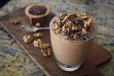 Indulge your senses with this #delicious Walnut Brownie Breakfast Mousse/Smoothie It is seriously so #yum, totally sustaining AND seriously good for you❤ It feels decadent but know it's doing you sooo much good!