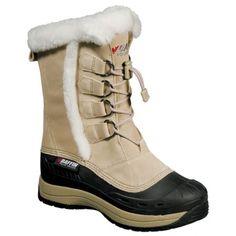 La botte CHLOE de BAFFIN est conçue pour affronter l'hiver le plus froid. Comprenant un cordon de serrage pour ajuster la botte au pied et une semelle extérieure en caoutchouc, vous serez bien protégé, que ce soit sous la pluie ou la neige. Une bande de fourrure vient ajouter une touche de féminité à cette botte confortable et versatile de BAFFIN.