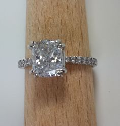 2.60 CT CUSHION CUT D/VS DIAMOND SOLITAIRE ENGAGEMENT RING 14K WHITE GOLD