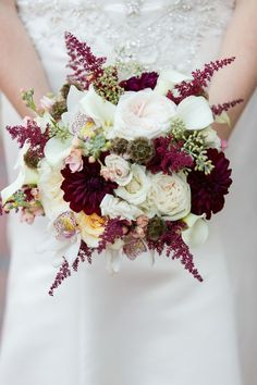 Marsala Wedding Bouquet|{Aubergine & Marsala} Classic NC Fall Wedding|Photographer: Erin Costa Photography