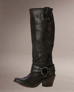 Come in Black, Tan, Taupe.. and sometimes you can find the Grey!  <3 FRYE