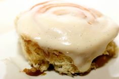 Cinnamon rolls with vanilla cream cheese frosting