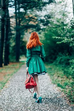 Love The hair colour! The Clothes Horse: Outfit: A Green Thought In A Green Shade