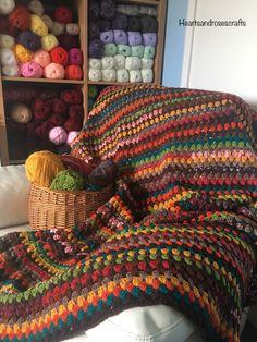 Scrap Yarn Crochet, Crochet Quilt, Diy Crochet, Crochet Crafts, Crochet Baby, Crochet Projects, Crochet Leaf Patterns, Granny Square Crochet Pattern, Knitting Patterns