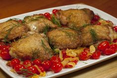 Pan Roasted Chicken with Fennel and Tomatoes (via marriahlavigne.com)