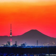 Mount Fuji, World View, Cn Tower, Mount Rainier, Cherry Blossom, Tokyo, Landscapes, Japanese, Mountains