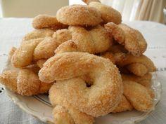 Невероятно простые и быстрые рецепты приготовления печенья со вкусом, который хочется ощущать еще и еще. Побалуйте себя и своих близких ароматным домашним печеньем!