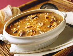 kosher, dairy-free recipe for Mushroom Barley Soup that can be made with vegetable broth for vegetarians, or chicken stock for meat eaters. Mushroom Barley Soup, Mushroom Chicken, Chicken Soup, How To Cook Barley, Cooking Barley, Cooking Corn, Cooking Steak, Fall Soup Recipes, Spring Recipes