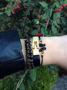 Black armparty