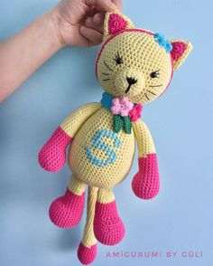 Our goal is to keep old friends, ex-classmates, neighbors and colleagues in touch. Crochet Baby Toys, Crochet Animals, Crochet Dolls, Baby Knitting, Gato Crochet, Chunky Blanket, Cat Pattern, Ribbon Embroidery, Cute Dolls