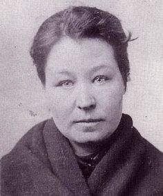 In Manchester, Mary Davies (if indeed that was her real name) needed a good memory. She was prosecuted under the names of Anne Cawley (1886), Hannah M Dixon (1886), Annie Lloyd (1886), Mary A Williams (1886), Mary Richards (1887), Mary Kelly (1889), Mary Richardson (1890) and Mary Farrell (1890). Maybe she simply adopted the names of women in the news?