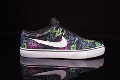 Nike Toki Low TXT Print-Floral