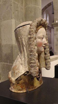 1350 reliquary bust with Kruseler veil. Museum Schnütgen, Cologne