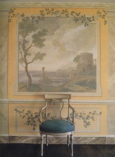 The Devoted Classicist: Decorative Painting. This wall mural is AHMAZING! So, anyone going to volunteer to paint this on my wall? Verona, Stair Gallery, Dining Room Paint, Grisaille, Painting Wallpaper, Architectural Elements, Wall Treatments, Mellow Yellow, Interior Design Inspiration