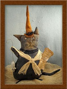Hutchins Primitive Cat Pattern by softinthehead on Etsy Primitive Fall, Primitive Folk Art, Primitive Crafts, Halloween Doll, Vintage Halloween, Fall Halloween, Primitive Doll Patterns, Cat Doll, Cat Pattern