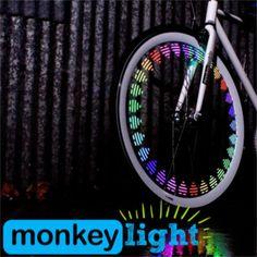 Lumières de roues de vélo : Bon à savoir, ce système est livré avec un antivol et marche aussi bien sur vélo tradi que sur un VAE.  Eclairage customisé pour roue de vélo, MonkeyLight à partir de 39,99 € sur Lecyclo.com