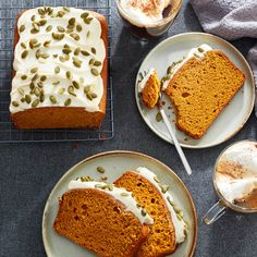 Everyone& favourite fall gourd can be used for so much more than just pie (though, that& tasty too)! Give this classic pumpkin loaf recipe a try! Loaf Recipes, Cake Recipes, Dessert Recipes, Pumpkin Loaf, Pumpkin Dessert, Easy Loaf Cake Recipe, Just Pies, Apple Crumble Recipe, Thanksgiving Desserts