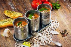 Retete Culinare - Supa crema de dovlecei si rosii Supe, Curry, Ethnic Recipes, Food, Curries, Essen, Meals, Yemek, Eten