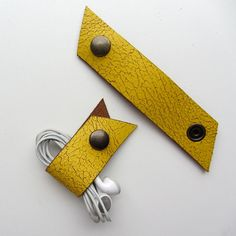 Leather earbud / earphone / cable organizers in yellow crackled leather, handmade by RinartsAtelier