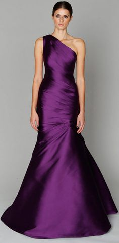 Monique Lhuillier.  Someone give me a reason to wear this please!!!