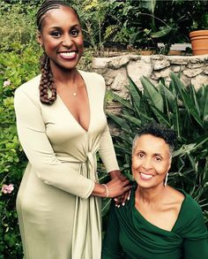 Issa Rae with her mother Delyna. Issa Rae with her mother Delyna. My Black Is Beautiful, Beautiful People, Most Beautiful, Beautiful Females, Beautiful Dresses, Black Power, Curly Hair Styles, Natural Hair Styles, Issa Rae