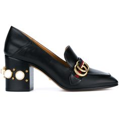 Gucci Leather Mid-Heel Loafers (3.295 RON) ❤ liked on Polyvore featuring shoes, loafers, gucci, mid-heel shoes, gucci loafers, black studded loafers, leather loafers and mid heel shoes