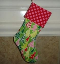 diy stocking tutorial get-crafty Christmas Sewing, Diy Christmas Gifts, Handmade Christmas, Holiday Crafts, Christmas Decor, Christmas Makes, Merry Little Christmas, Winter Christmas, Christmas Kiss