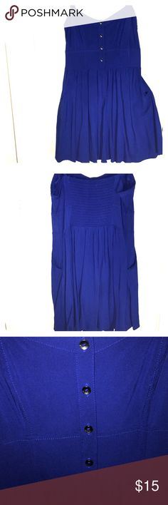 Express blue casual summer dress size Small Why wait for summer ? Start building your wardrobe now. This is a spaghetti strap blue Express dress with pockets at the hips. Express Dresses Mini