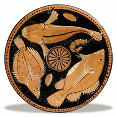 Ancient Greeks studied the fishes close to the shore and the depictions of these underwater beauties were used to decorate pottery. Ancient Greek Art, Ancient Greece, Egyptian Art, Greek Fish, Greek Pottery, Art Antique, Art Premier, Minoan, Sculptures