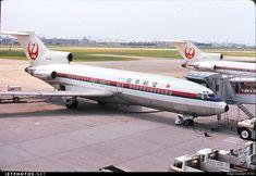Japan Airlines Boeing 727-46