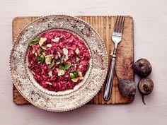 Punajuuririsotto Old Recipes, Vegan Recipes, Joko, Vegan Protein, Yams, Beetroot, Vegan Vegetarian, Vegan Food, Risotto